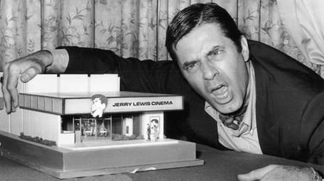 Comedian and film star Jerry Lewis poses on
