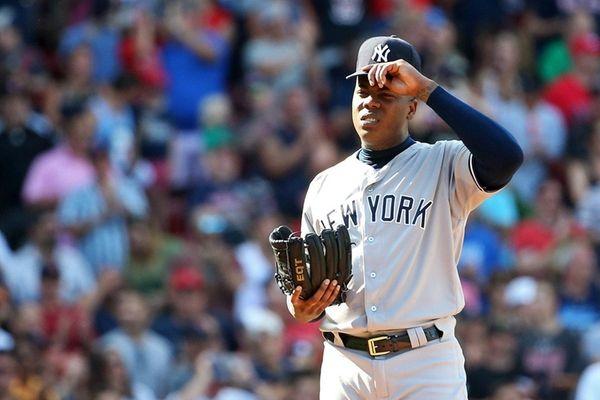 Red Sox LHP Drew Pomeranz leaves mid-batter with back spasms