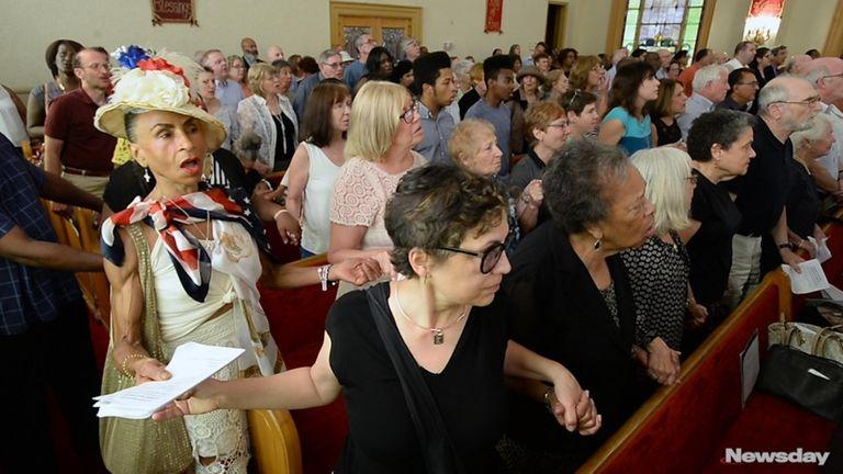 Hundreds of Long Islanders gathered at a prayer