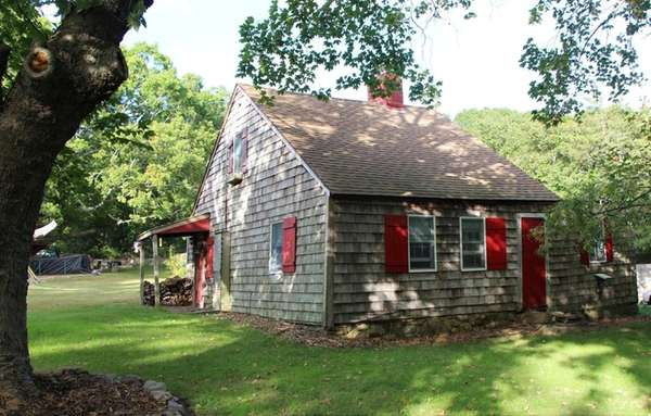 The Zadoc Bennet House on Three Mile Harbor