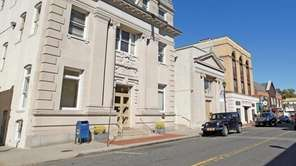 Glen Cove's City Hall is pictured on Sept.