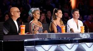 Judges Howie Mandel, Mel B, Heidi Klum and