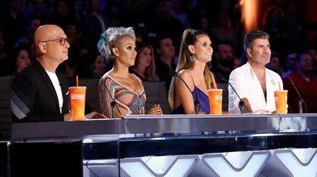 Judges Howie Mandel, Mel B, Heidi Klum and