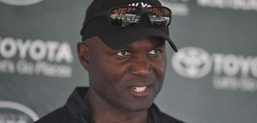 Todd Bowles speaks with the mediaat the Atlantic