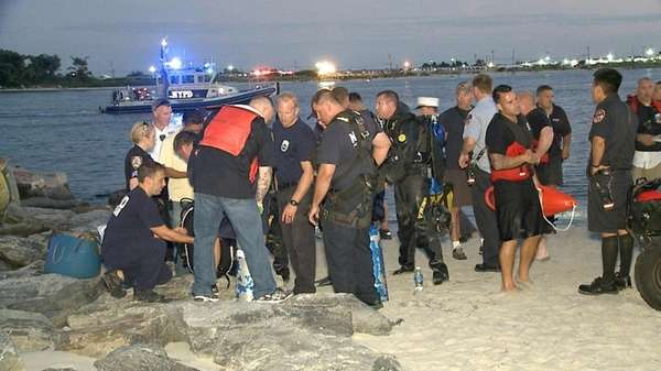Teen Drowns at Far Rockaway Beach Known for Dangerous Currents, NYPD Says
