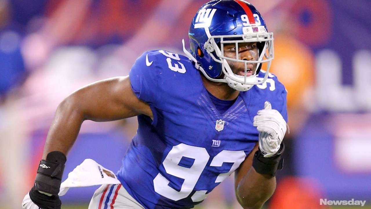 Giants linebacker B.J. Goodson is becoming a leader