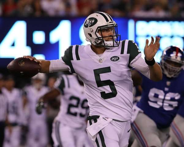 Jets quarterback Christian Hackenberg throws a pass during the