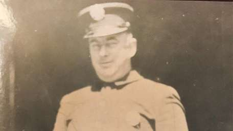 FDNY firefighter Thomas F. O'Brien died in 1935.