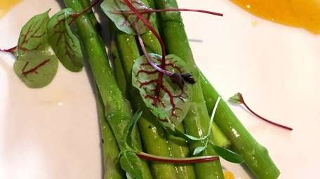 Asparagus with passion fruit sauce at Toro Tapas