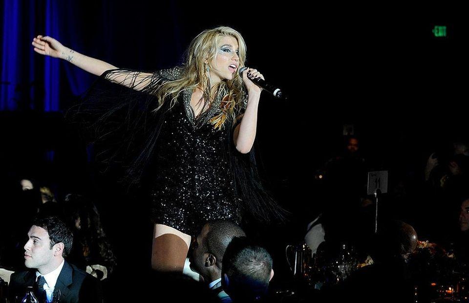 Kesha's debut single