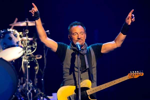 'The Boss' to Stick Around Through Winter in SPRINGSTEEN ON BROADWAY