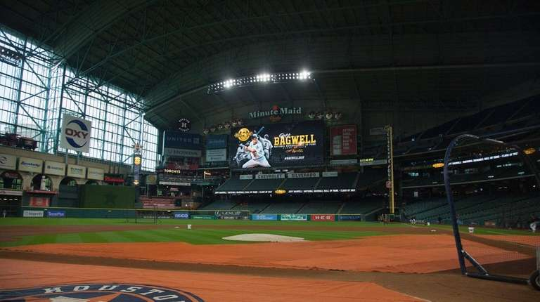 Preparations begin as the Houston Astros honor Jeff