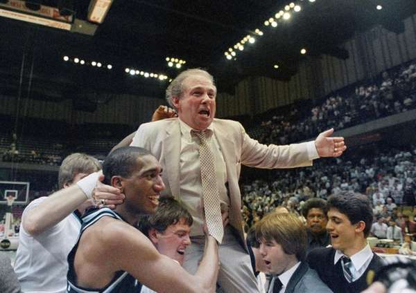 Former Villanova Basketball Coach Rollie Massimino Dies at Age 82