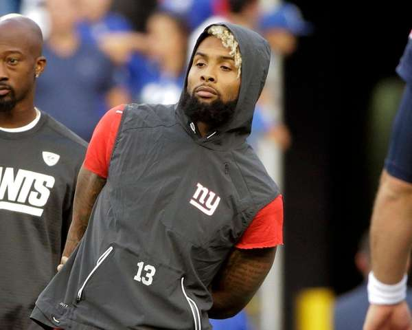 Giants wide receiver Odell Beckham Jr. watches his