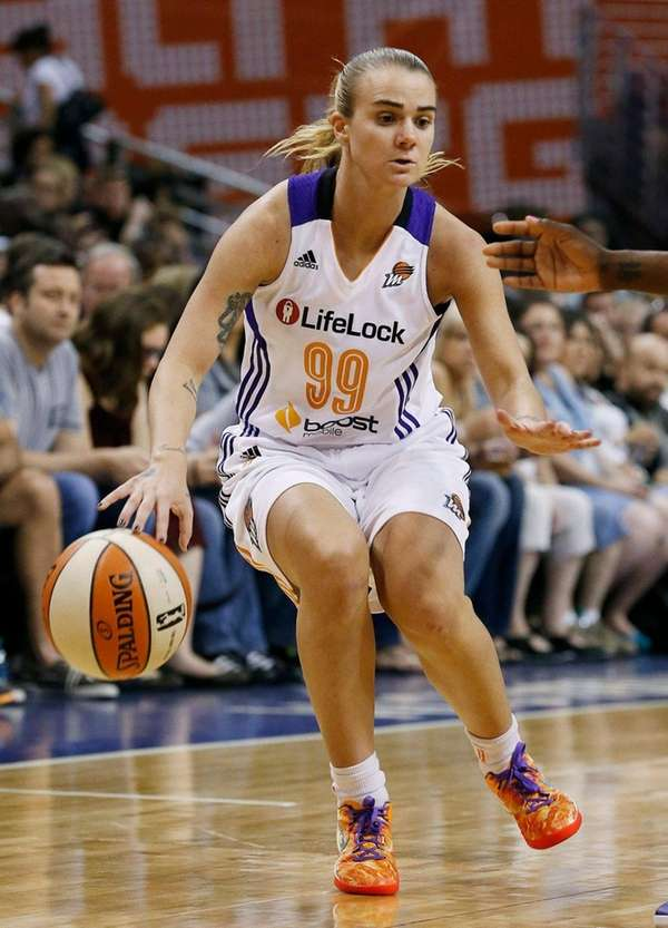 Phoenix Mercury's Samantha Prahalis dribbles against the Los