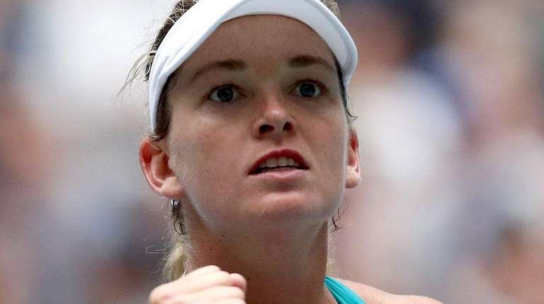 CoCo Vandeweghe reacts against Agnieszka Radwanska at the