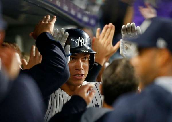Aaron Judge of the Yankees celebrates his home