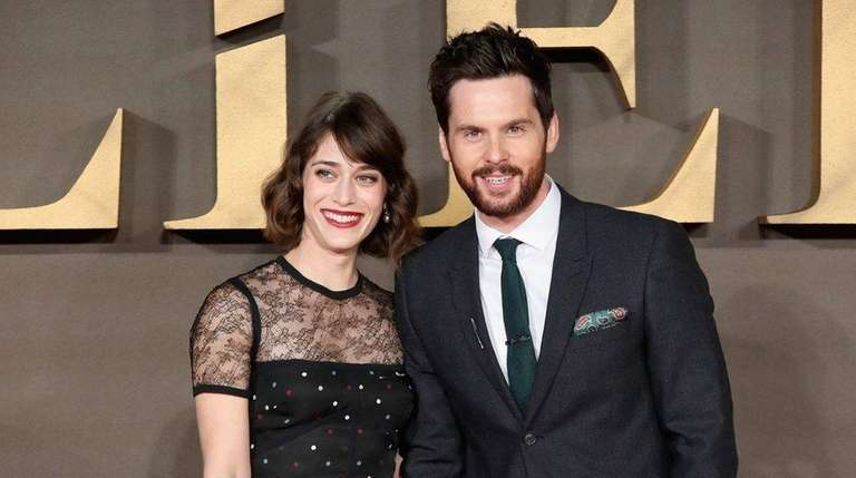 Actors Lizzy Caplan and her then-fiance, Tom Riley,