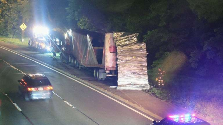 Police said a tractor trailer hit the Oakfield