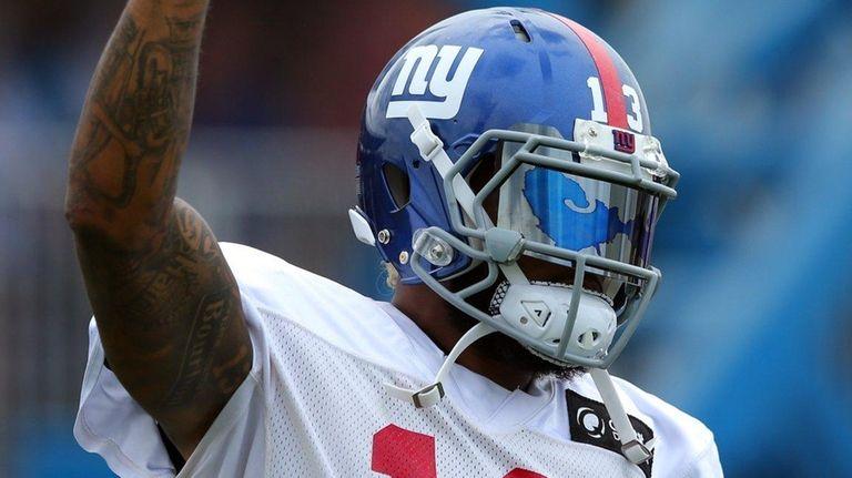 Giants wide receiver Odell Beckham Jr.gestures during training