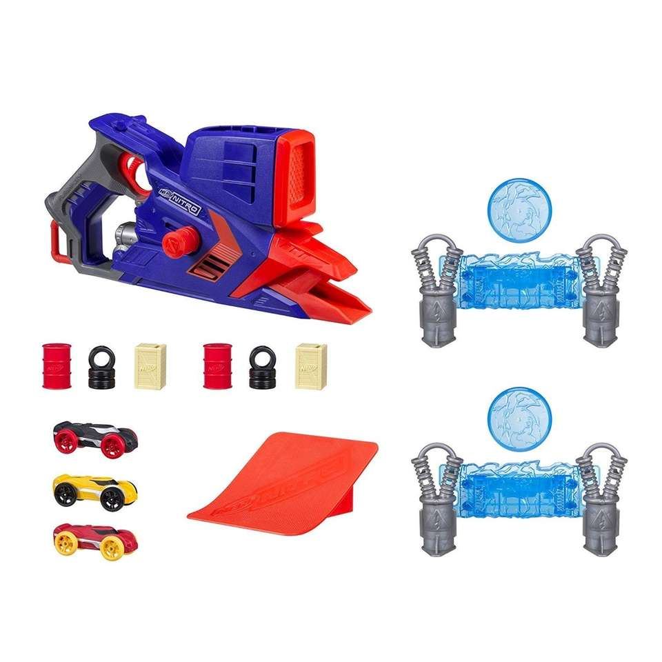 Perform car stunts with this Nerf Nitro set