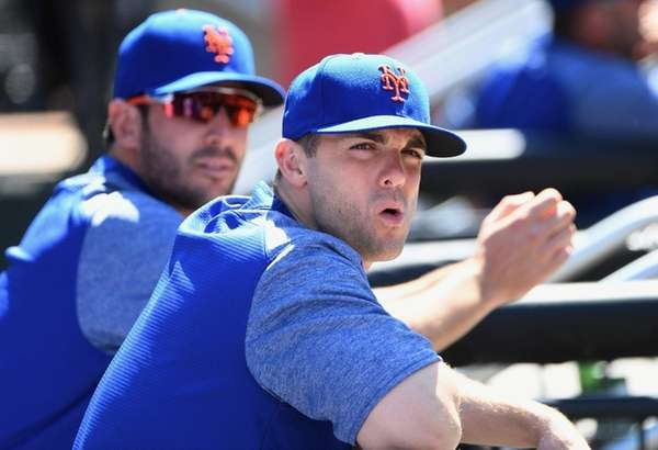 Mets' David Wright looks on from the dugout