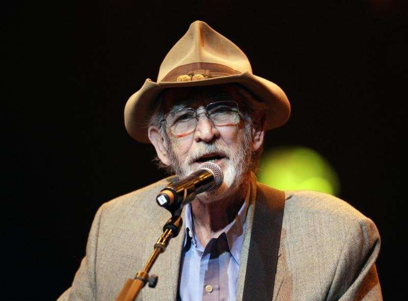 Don Williams, an award-winning country singer with love