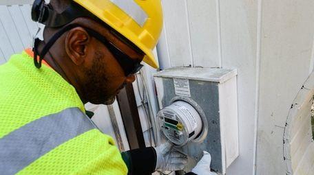 Neil Jackson, lead meter technician with PSEG Long
