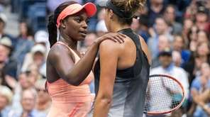 Sloane Stephens rand Madison Keys hug one another