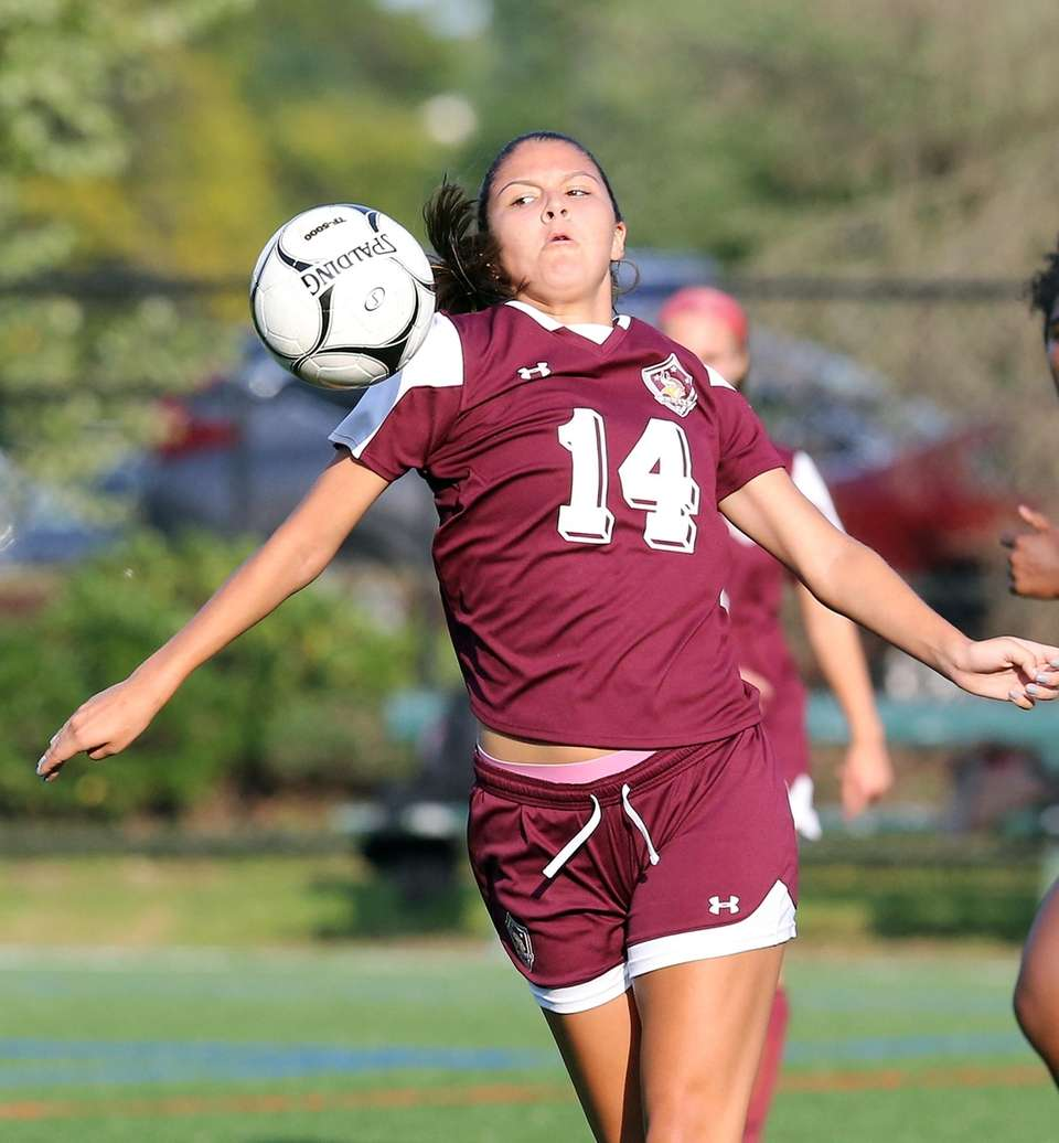 North Shore's Selena Fortich handles the ball at