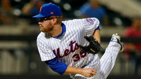 Mets pitcher Jacob Rhamepitches against thePhillies at Citi