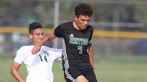 Brentwood's Johnatan Mendoza-Yanes (7) tries to get around
