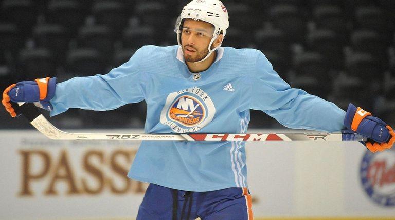 Josh Ho-Sang practices during Islanders Rookie Camp at