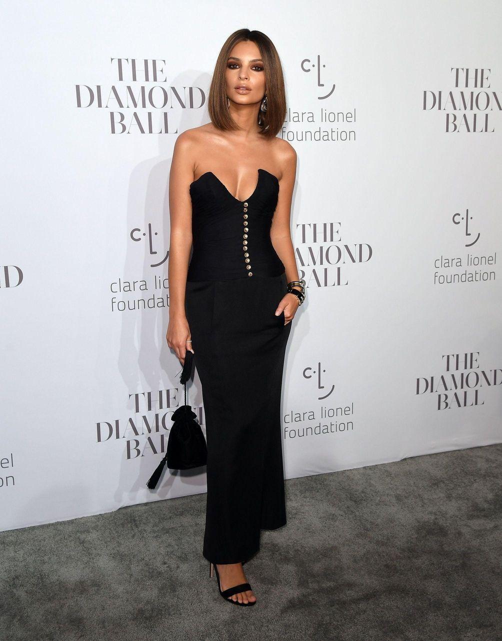 Model Emily Ratajkowski attends Rihanna's third annual Diamond