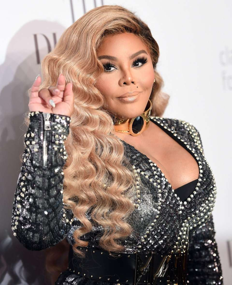 Lil Kim attends Rihanna's third annual Diamond Ball