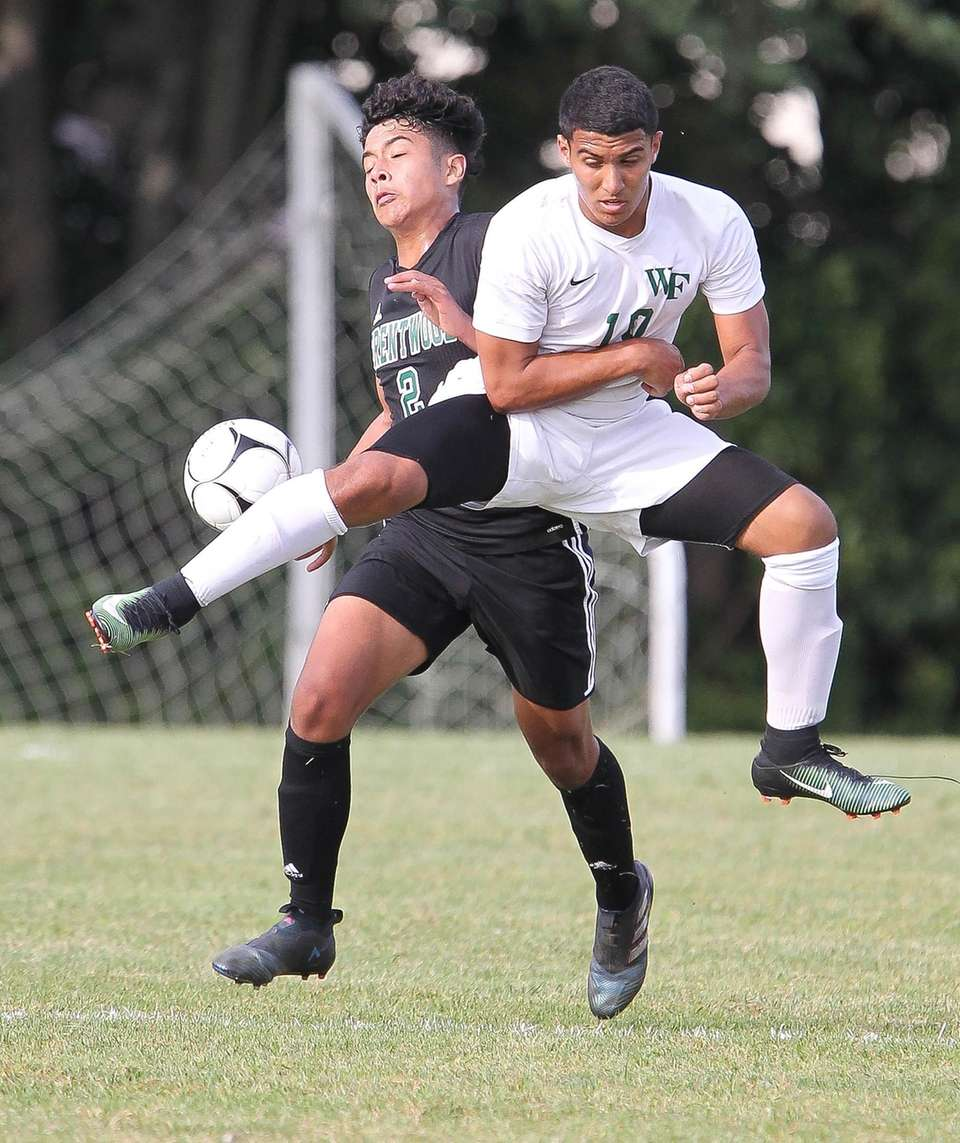 Floyd's Giovanni Fiore (10) and Brentwood's William Hernandez