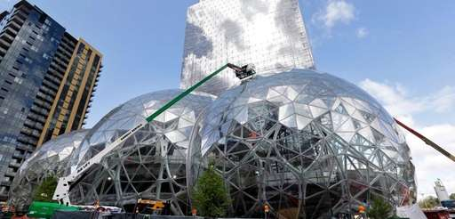 Construction on glass domes at the Amazon.com campus