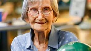 Maggi Watson, 98, the oldest female bowler in