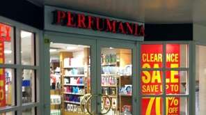 Perfumania Holdings Inc. says it received a notice