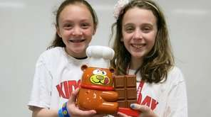 Kidsday reporters Julia Roeder, left, and Sofia Woods