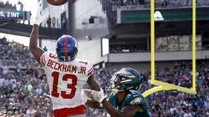 New York Giants' Odell Beckham catches a touchdown