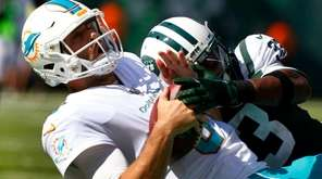 Jets rookie safety Jamal Adams sacks Dolphins quarterback