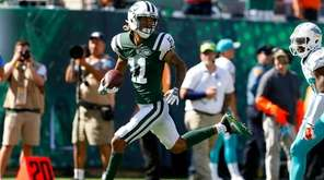Robby Anderson of the New York Jets runs