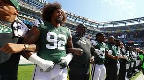 Leonard Williams of the New York Jets stands