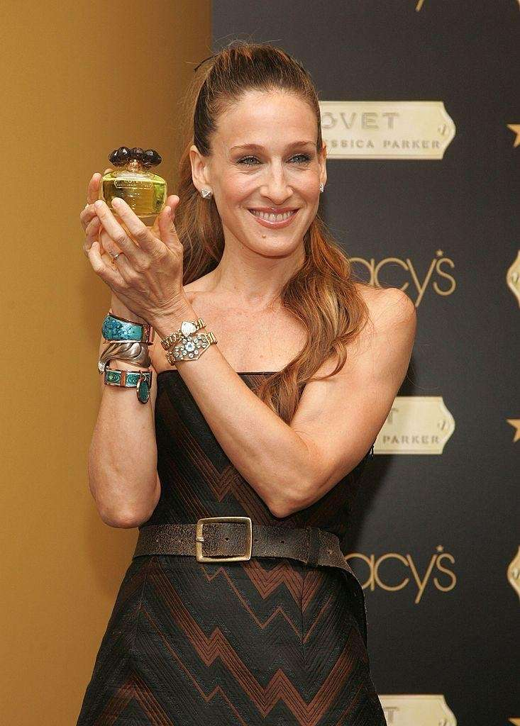 Sarah Jessica Parker makes an appearance at Macy's