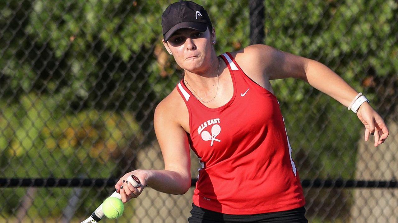 Lauren Cherkin of Half Hollow Hills East returns