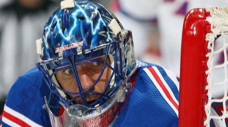Henrik Lundqvist of the New York Rangers keeps