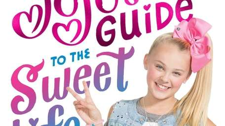 Teenage Youtube phenomenon JoJo Siwa is coming to