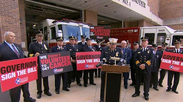 New York State officials and firefightersmetWednesday, Sept.27, 2017,