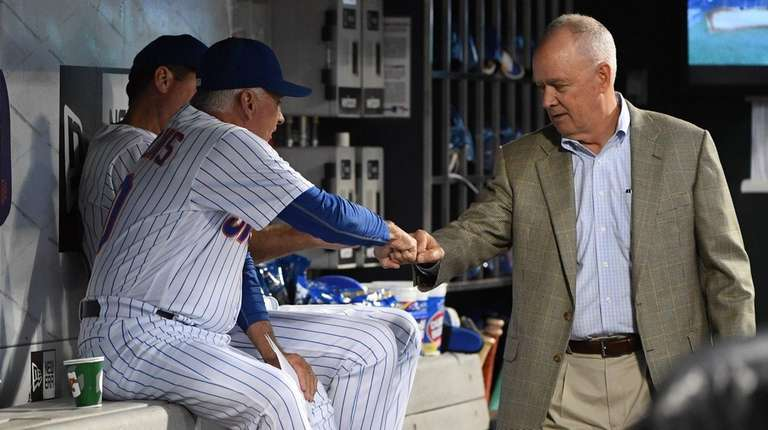 New York Mets manager Terry Collins and Mets